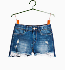 https://www.ovs.it/shorts-di-jeans-stretch-used-con-pizzo/000200015.html?dwvar_000200015_size=013&dwvar_000200015_color=77&cgid=Kids-Teen-girl-Shorts